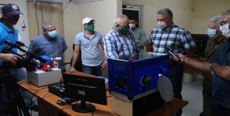 Constata Díaz Canel avances de la ciencia en Cuba en el enfrentamiento a la Covid19. Foto / Granma