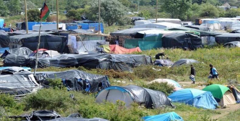 Campamento de inmigrantes en Calais, Francia. (Foto de archivo)
