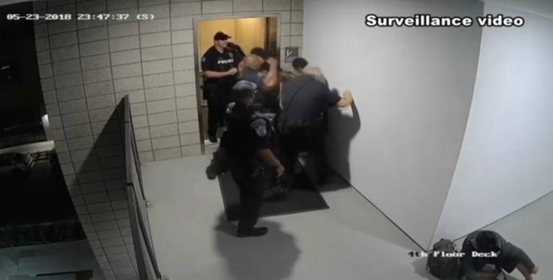 Video shows police beating unarmed man in Arizona.  Photo: Democracy Now