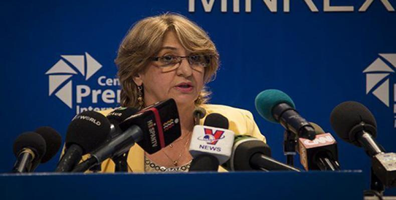 The President of the National Electoral Commission, Alina Balseiro,  speaks to the press this March 12, 2018 (Cubadebate Photo)