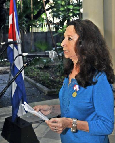 Alicia Jrapko de la Reto Nacia de Solidareco al Kubo