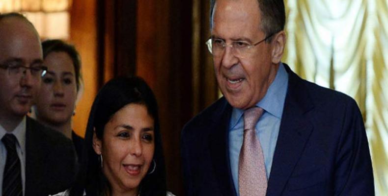 Delcy Rodríguez y Serguei Lavrov