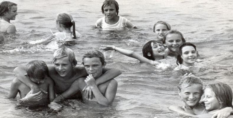 Niños de Chernobil en Cuba (imagen de archivo)
