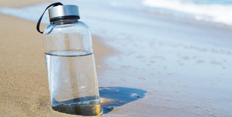 Agua de mar convertida en agua potable en menos de media hora y con una alta eficiencia energética. (Foto: Getty Images)