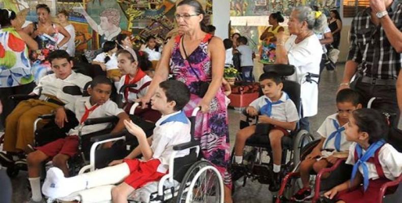 A treinta y siete mil alumnos asciende la matrícula de la Educación Especial en Cuba. Fotos: Archivo