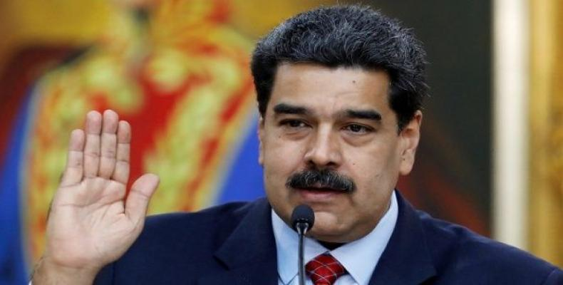 Venezuelan president holds news conference in Caracas.  Photo: teleSUR