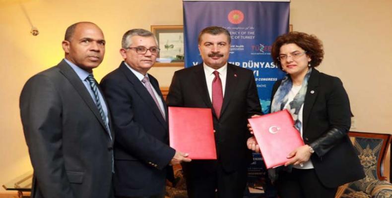El texto fortalecerá los sistemas de salud de los dos países. Foto tomada de PL