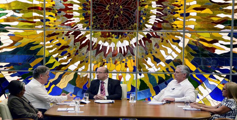 La mesa redonda de anohce con el presidente cubano