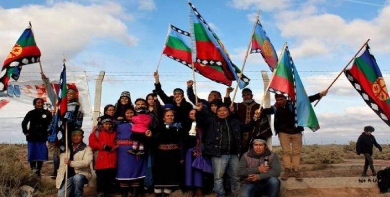 Mapuche people of Neuquen are part of the 60 organizations that oppose the U.S. base.   Photo: @pcayuqueo