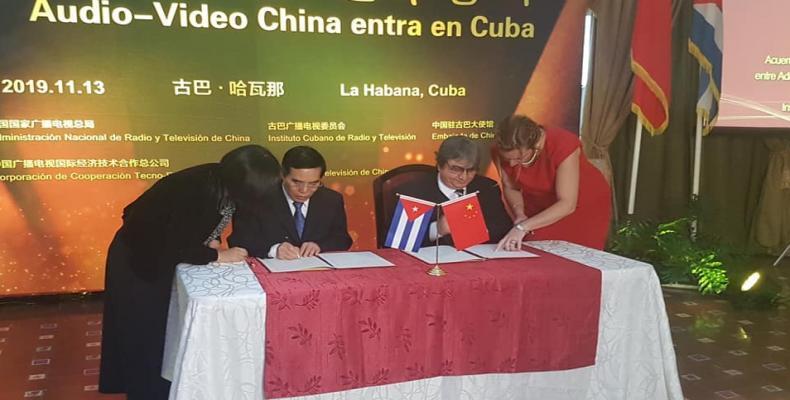 Cuba y China firman acuerdo de cooperación en Radio y Televisión.Foto:Internet.