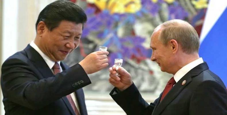 En muchos asuntos Moscú y Beijing mantienen posiciones iguales o muy similares.(Foto:PL)