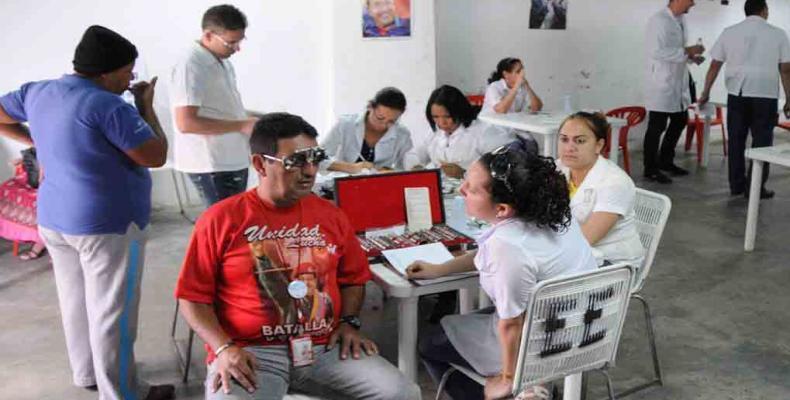 Misión Barrio Adentro en Venezuela