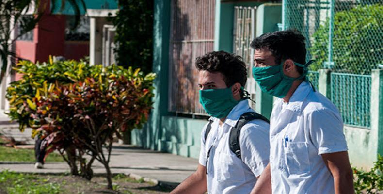 Miguel Díaz-Canel salue la contribution des jeunes à la vie socio-économique de Cuba