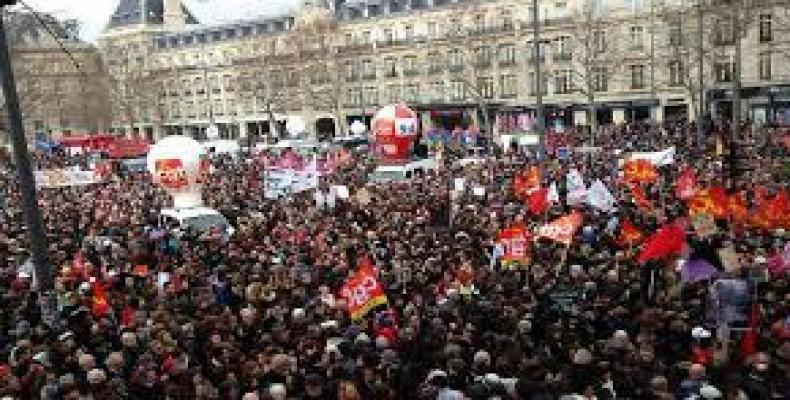Manifestación en Paría contra reforma laboral