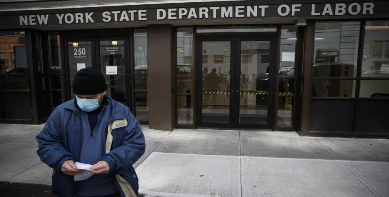 Oficina de Empleo en la ciudad de Nueva York. Foto / Los Ángeles Times.