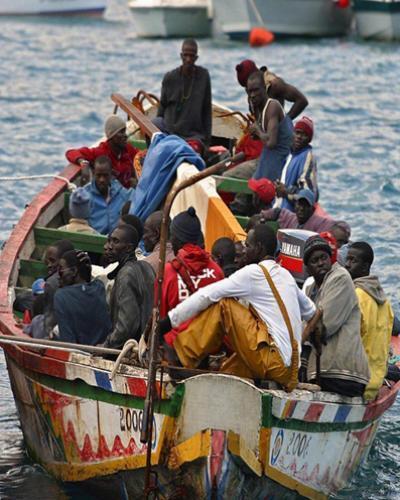 Detienen embarcación de haitianos en aguas de Bahamas