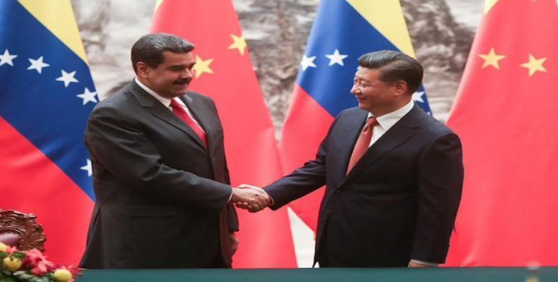 Presidente de la República Bolivariana de Venezuela, Nicolás Maduro y su homologo de la República Popular de China, Xi Jinping