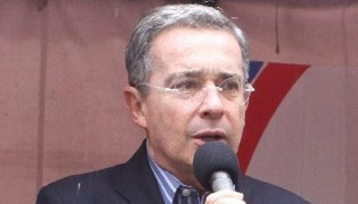 Senador Álvaro Uribe Velez