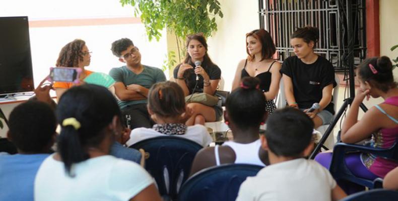 Sesiona 14 del Taller de resultados Diálogo sobre Juventud. Foto: Archivo