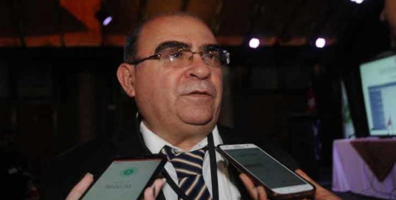 Cordovés manifestó su complacencia por la amplia participación en el evento. Foto: PL