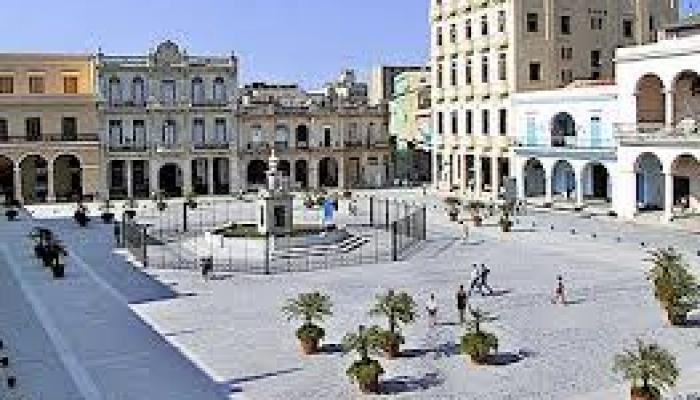 La Plaza Vieja, uno de los sitios más acogedores del Centro Histórico de La Habana. Foto: Archivo