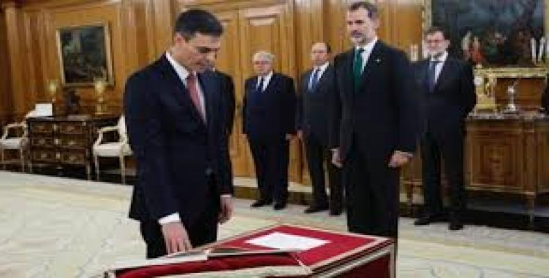 Pedro Sánchez jura como presidente del Gobierno de España/Imagen:Telesur