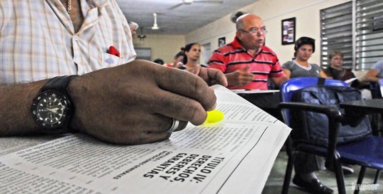 Los avileños ratifican cuan democrático es el sistema cubano. Foto: invasor.cu y Archivo Los avileños ratifican cuan democrático es el sistema cubano. Foto: inv