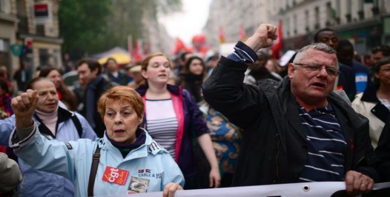 24 personas fueron detenidas en París, donde tiene lugar bajo un fuerte dispositivo de seguridad