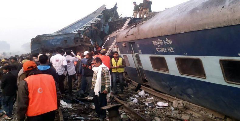 Un coche del tren expreso Indore - Rajendra Nagar Anas Khan / wikipedia