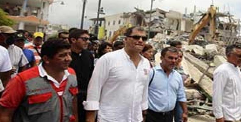 Correa en su recorrido