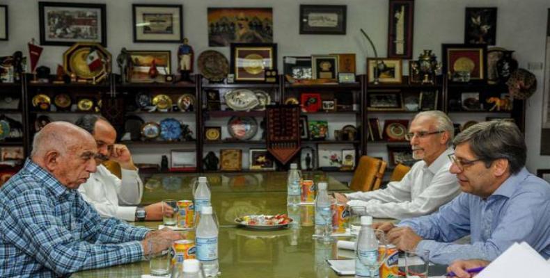 Machado Ventura meets with Javier Miranda, President of Uruguay's Broad Front (Frente Amplio).  Photo: Granma