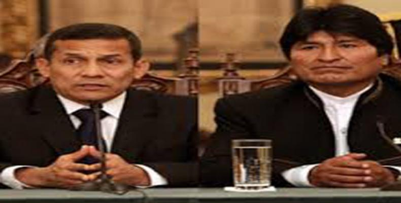 Presidente de Bolivia, Evo Morales, y su homólogo de Perú, Ollanta Humala,