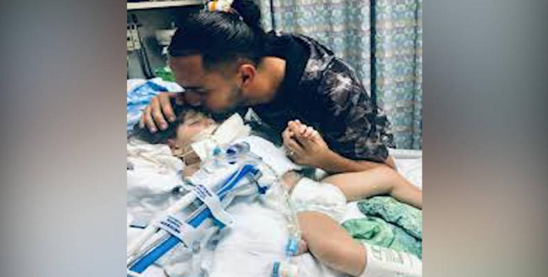 Yemeni mother allowed to enter U.S. to see dying son.  Photo: AFP