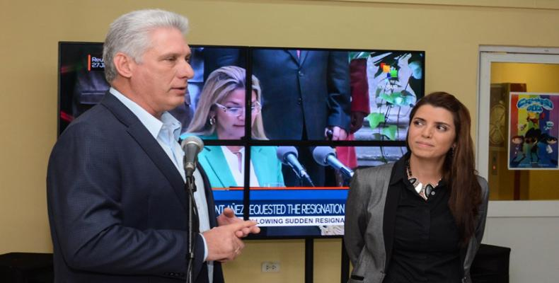 Cuban President Miguel Diaz-Canel and teleSUR President Patricia Villegas participate at opening ceremony.  ACN Photo