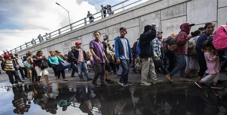 Mexico agrees to U.S. demand to hold asylum seekers while claims are considered.  Photo: AP