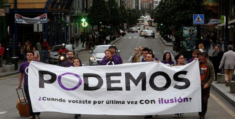 La agrupación Podemos criticó los ataques en su contra emprendidos por el PSOE, Partido Socialista Obrero Español,