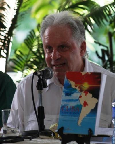 Periodista canadiense Arnold August. (Imágen de archivo)