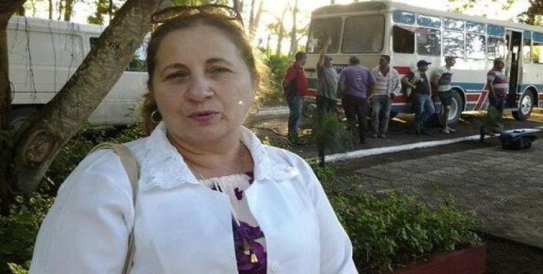 Cuban doctors leaving Brazil.  Photo: Cuba Debate