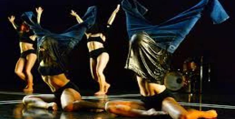 Zenon Dance mezcla elementos de la danza moderna con el jazz. Foto: www.tiempo21.cu