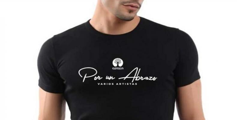 Por un Abrazo (For a Hug). Photo: Prensa Latina