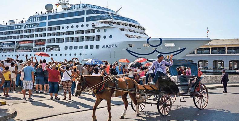 Cruise line tourism to Cuba on the rise despite Washington's latest anti-Cuba moves. File photo