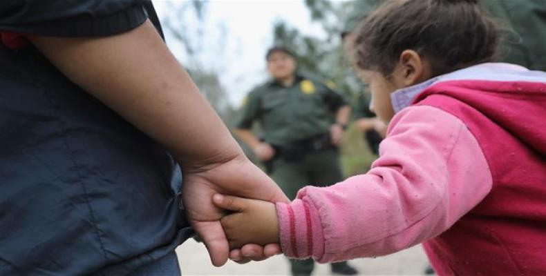 Migrant children still separated from their parents.  Photo: AP
