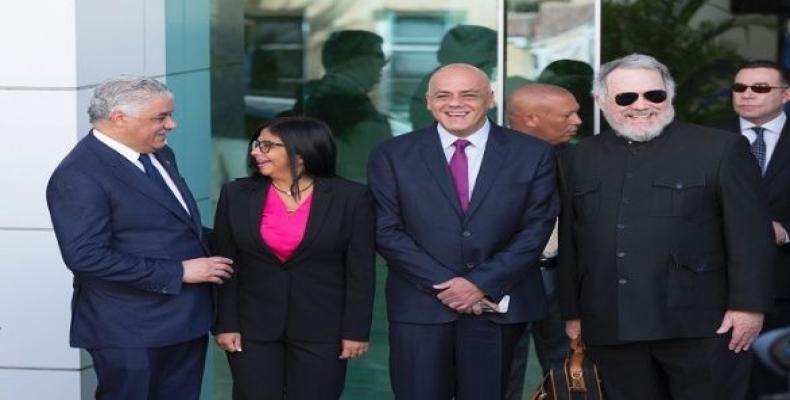 Delegación venezolana en Santo Domingo