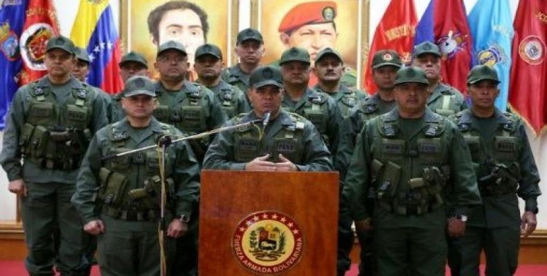 Padrino López instó al diálogo político entre el Gobierno del presidente Nicolás Maduro y la oposición. Foto: AVN
