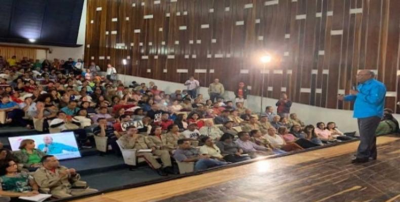 Dirigente PSUV exhorta a marchar por la paz