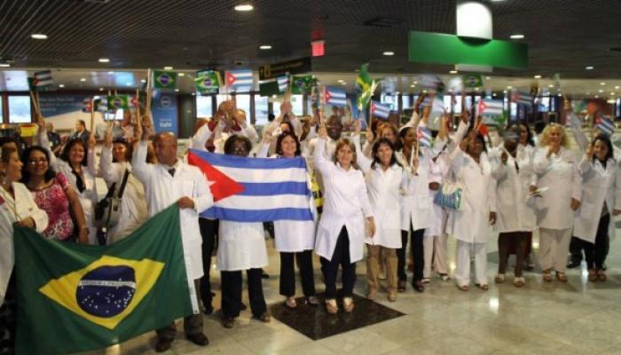 Muchos de los médicos cubanos que laboraron en Brasil tienen experiencia en otras misiones de colaboración. Fotos: Archivo