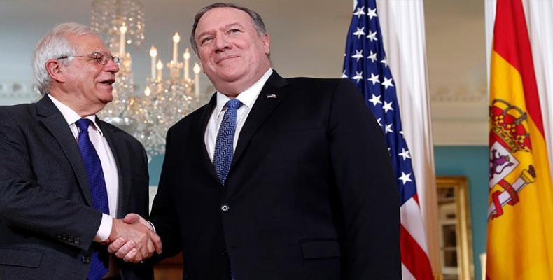 El secretario de Estado de EE.UU., Mike Pompeo, junto al canciller de España, Josep Borrell, en Washington, el 1 de abril de 2019. Jacquelyn Martin / AP