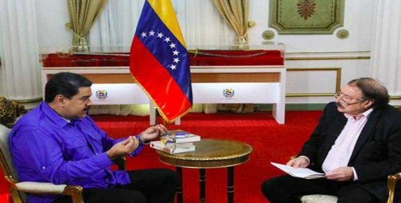 Nicolás Maduro kaj Ignacio Ramonet