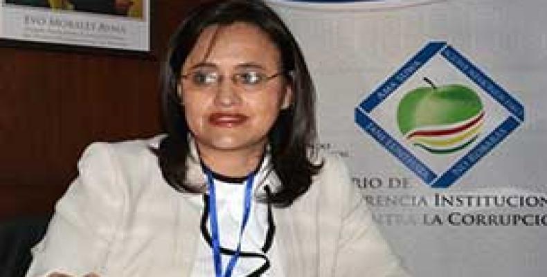 Ministra Lenny Valdivia