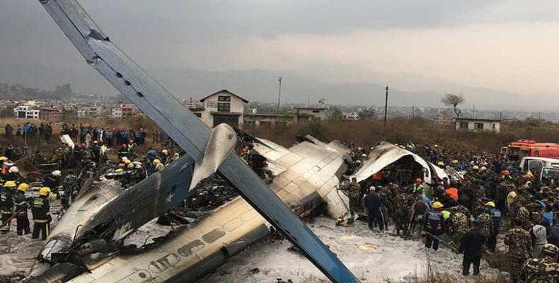 D'après des témoins oculaires, l'avion s'est écrasé à la deuxième tentative d'atterrissage. Photo: AP